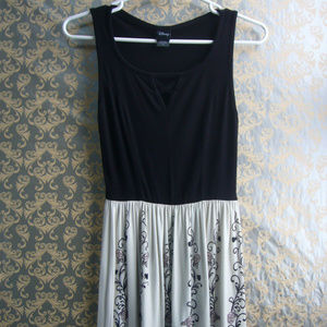 Disney Hot Topic Sleeping Beauty Dress  Blk Wht XS